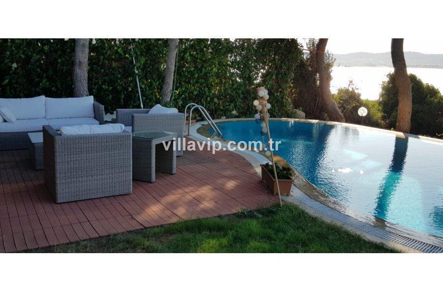 Ardıç 5+1 Çok Özel Konum   Denize Sıfır Villa Vip'ten görseli