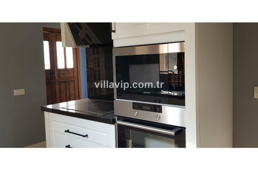 Alaçatı  3+1 Müstakil Villa Vip'ten görseli