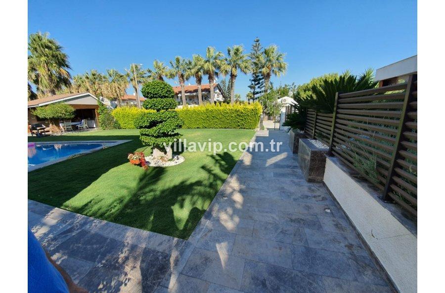 Satılık Çeşme Yıldızburnu 4+1 Havuzlu Bağımsız Villa Vip'ten görseli