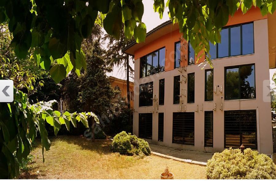 Etiler Nispetiye Caddesi'nde Muhteşem Villa görseli