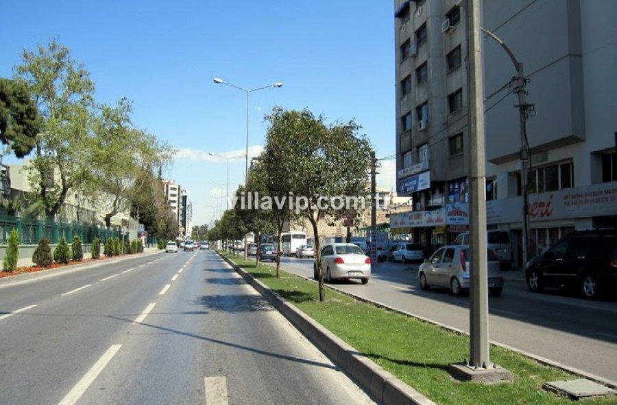 İzmir Şehir Oteli görseli