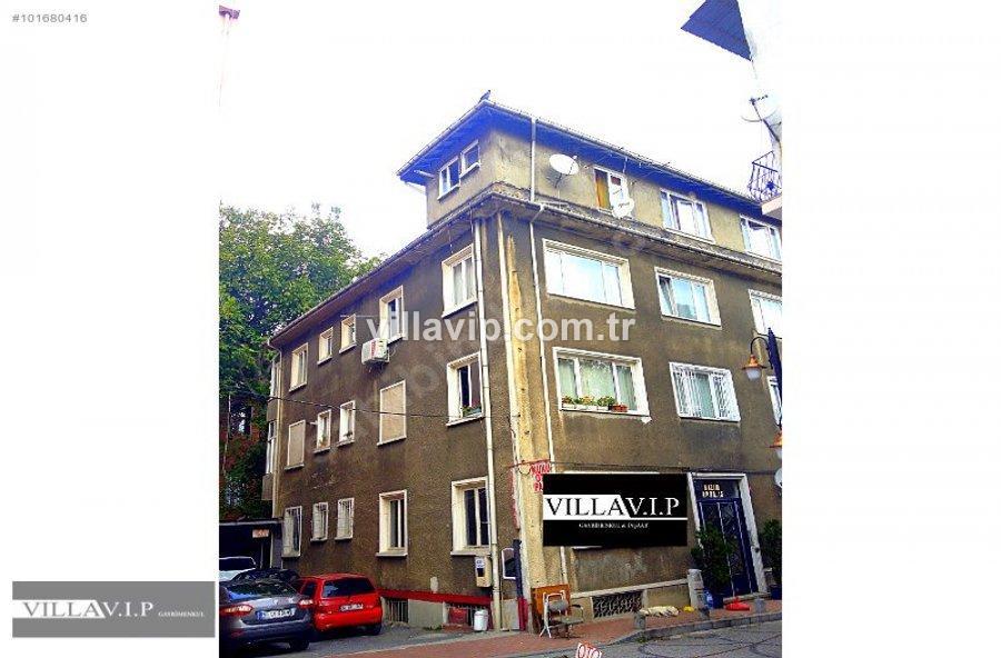 Arnavutköy'de Yatırımlık 4 Katlı Bina görseli