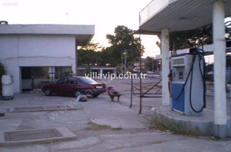 Torbalı' Da Benzin İstasyonu görseli