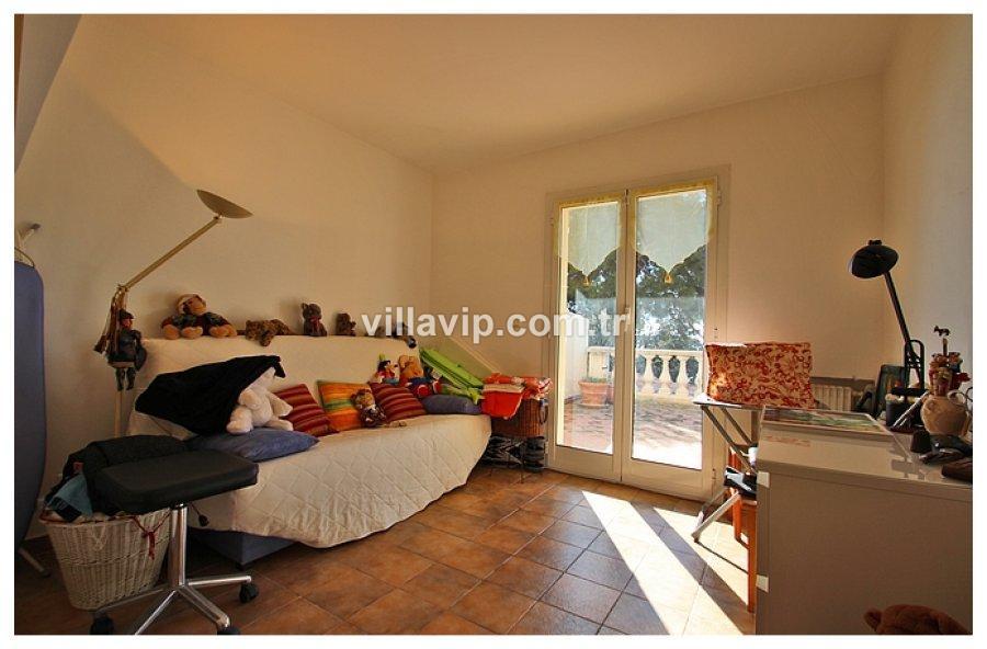 Cap Daıl Tepelerinde Harika Bir Villa Fırsatı görseli