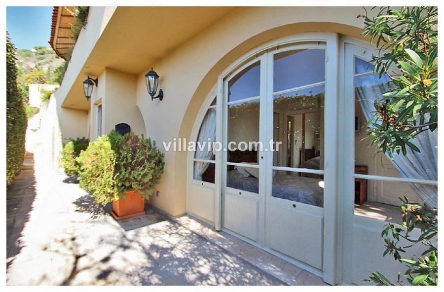 Mala Plajına 50 M Harika Villa Daire görseli