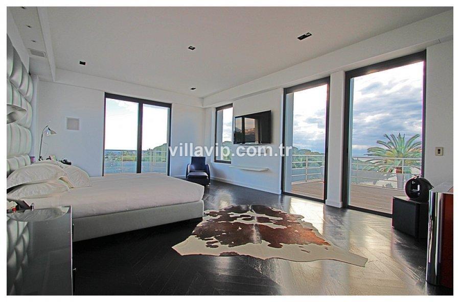 Panaromik Manzaralı Modern Villa görseli