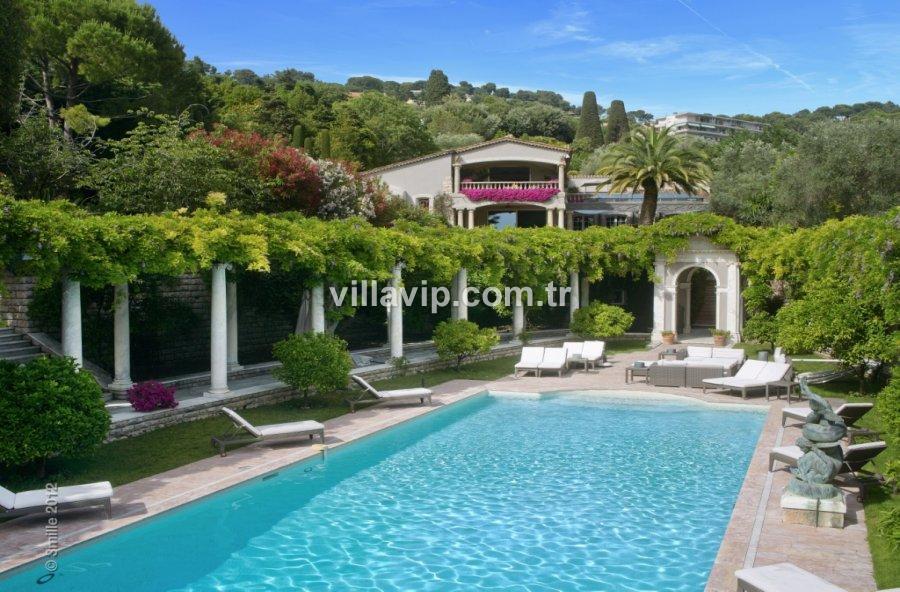 Cannes'da Rüya Gibi Bir Villa Fırsatı görseli
