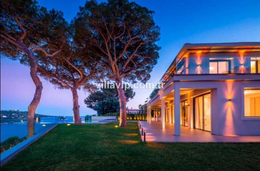 Nice Sahillerinde Rüyalarınızın Evi görseli