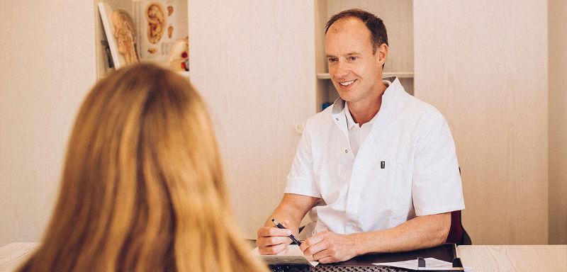 Patientengespräch Drs M.L.G. Duijnstee HNO Arzt Kleve
