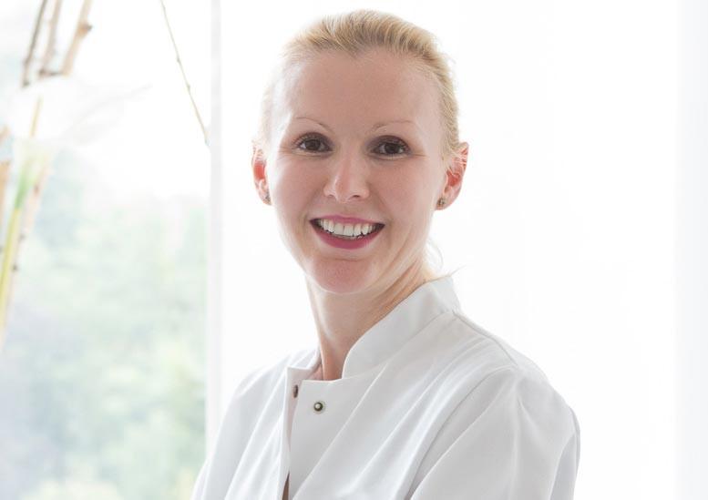 Fachärztin für plastische und ästhetische Chirurgie Frau Dr. med. habil. Marta Markowicz Düsseldorf