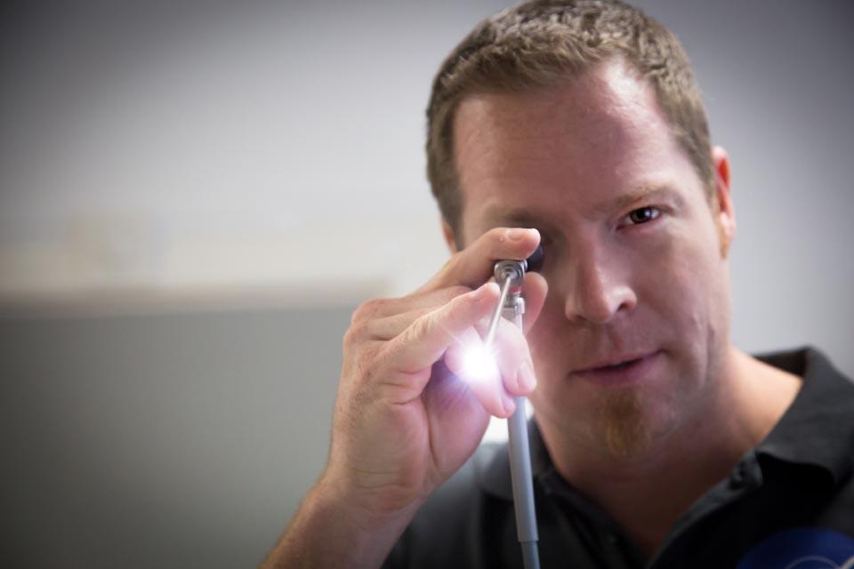 Dr. Tobias Waller