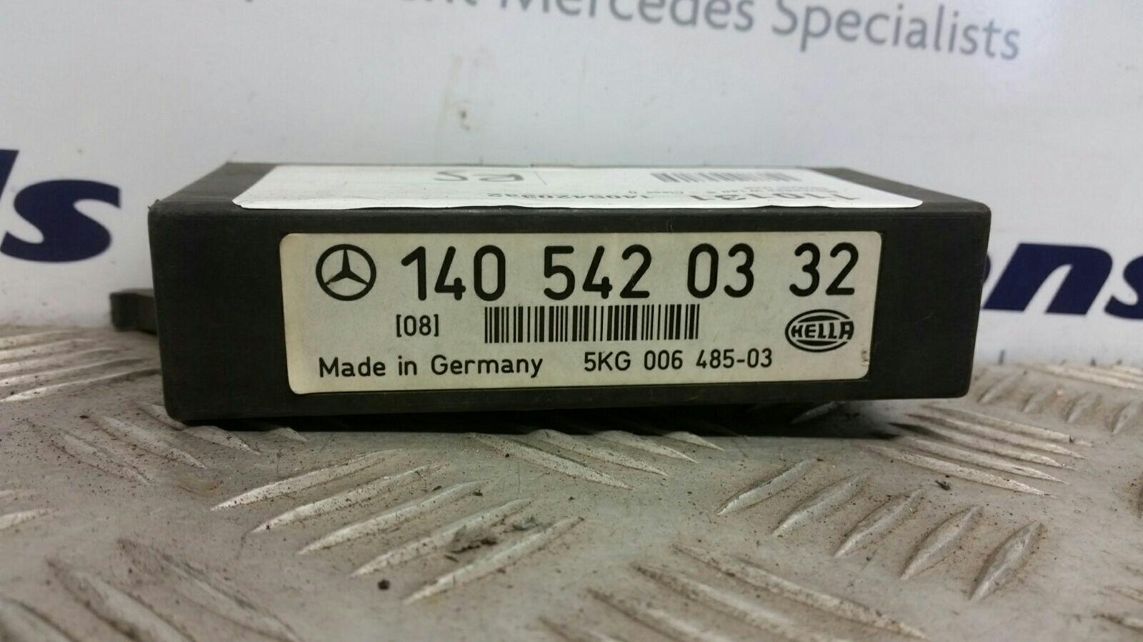 View Auto part Misc. Relay Mercedes S Class 1993