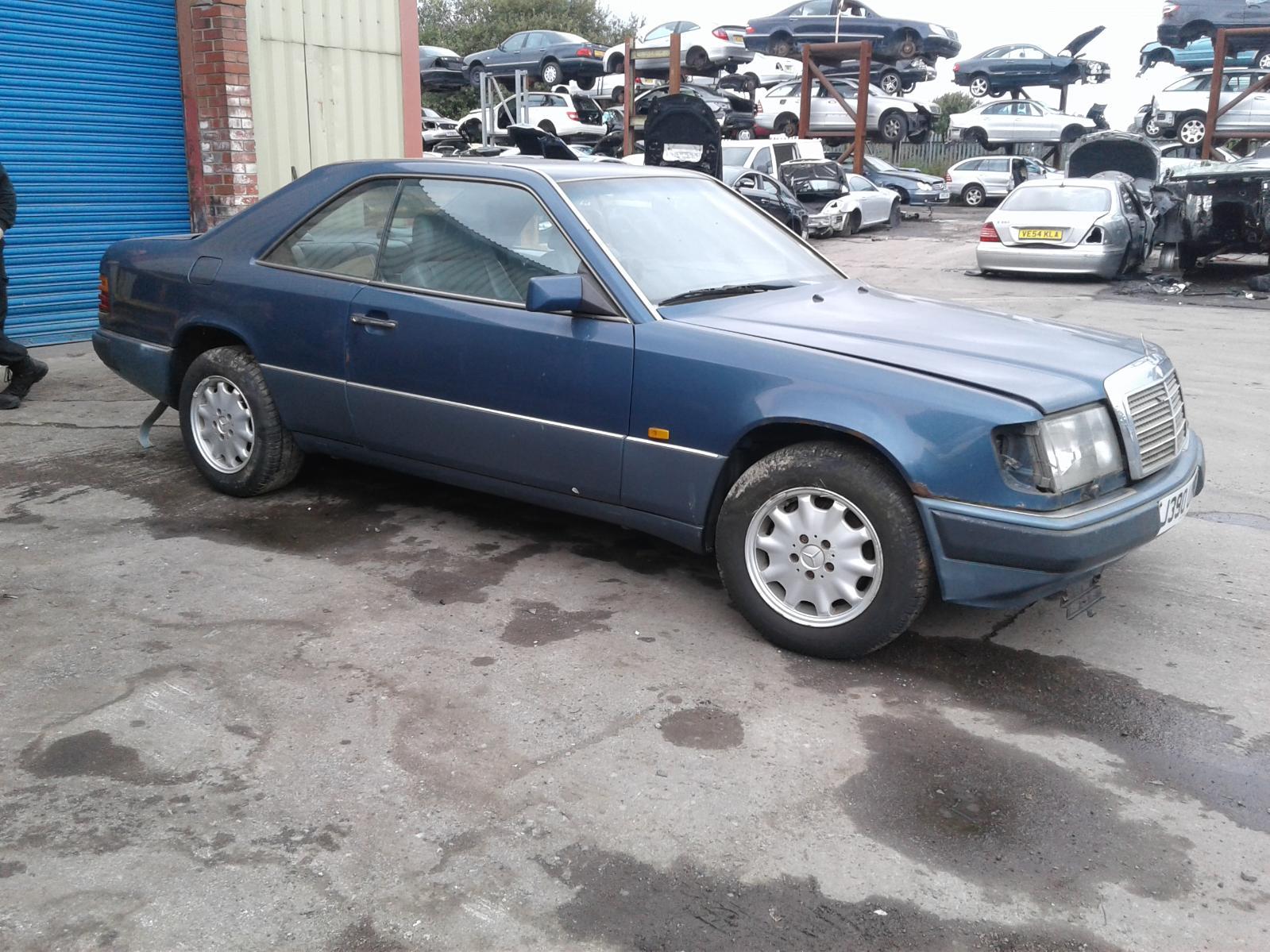 View Auto part RR Lower Control Arm Mercedes E Class 1991