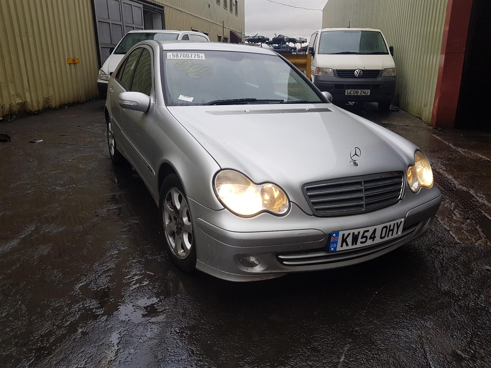 Image for a Mercedes C Class 2005 4 Door Saloon