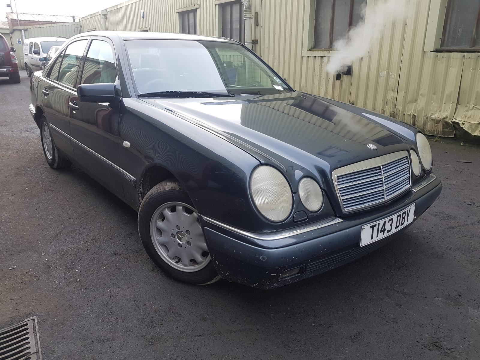 Image for a Mercedes E Class 1999 4 Door Saloon