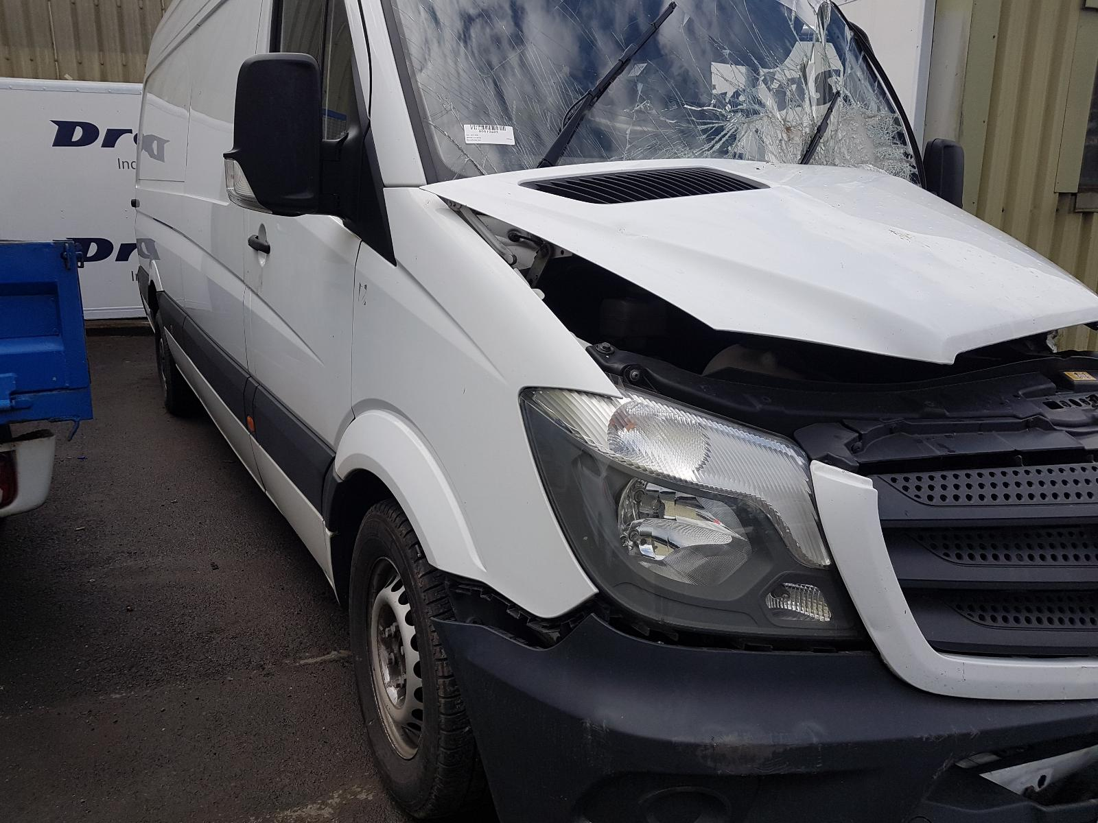 View Auto part R Rear Door Mercedes Sprinter 2016