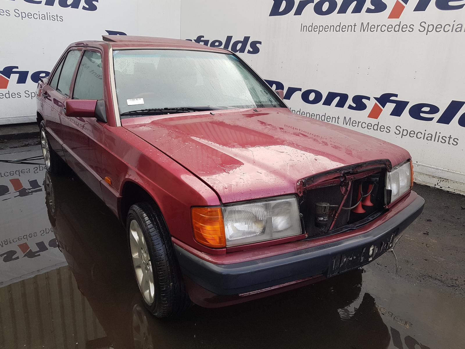 View Auto part Door Panel Mercedes 190 (201 Series) 1992
