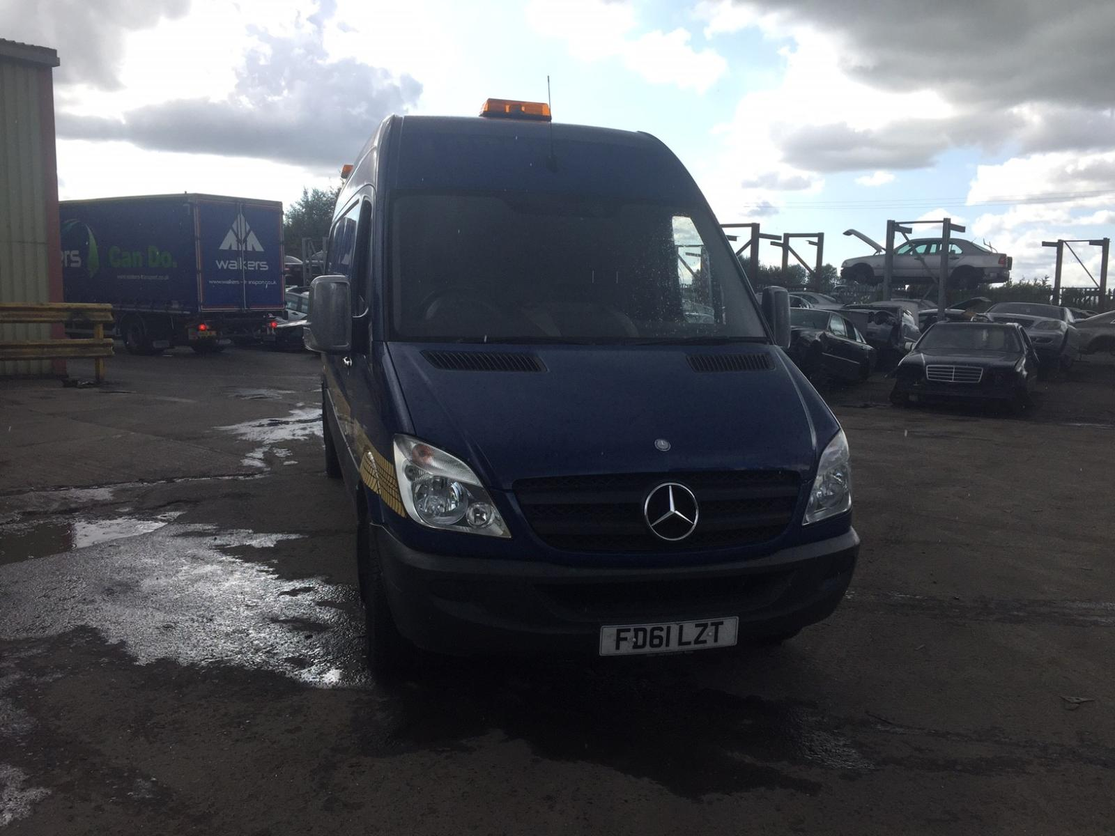 View Auto part R Rear Door Mercedes Sprinter 2011