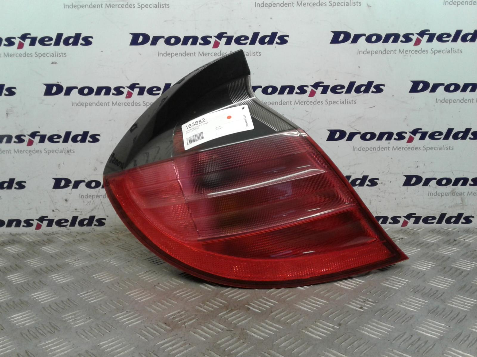 View Auto part L Taillight Mercedes C Class 1900