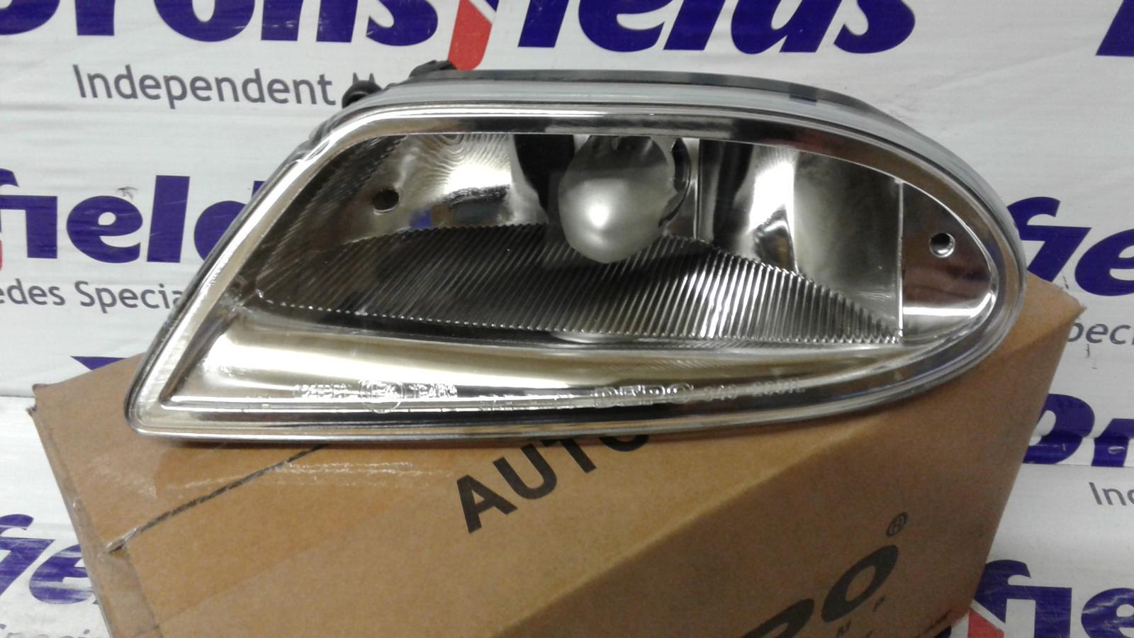 View Auto part Fog Lamp Mercedes M Class 2003