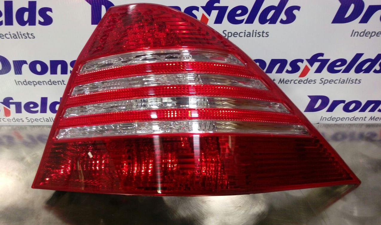 View Auto part R Taillight Mercedes S Class 2005