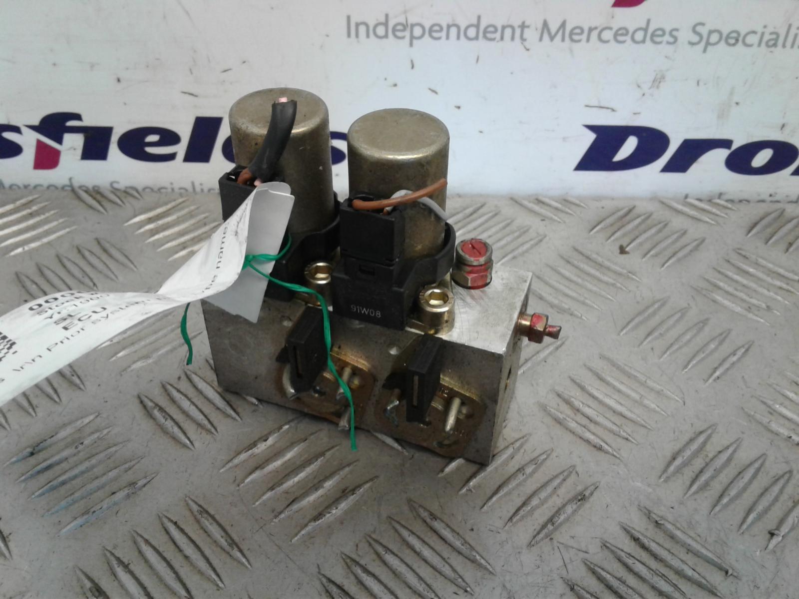 View Auto part Misc. Relay Mercedes Sl 1992