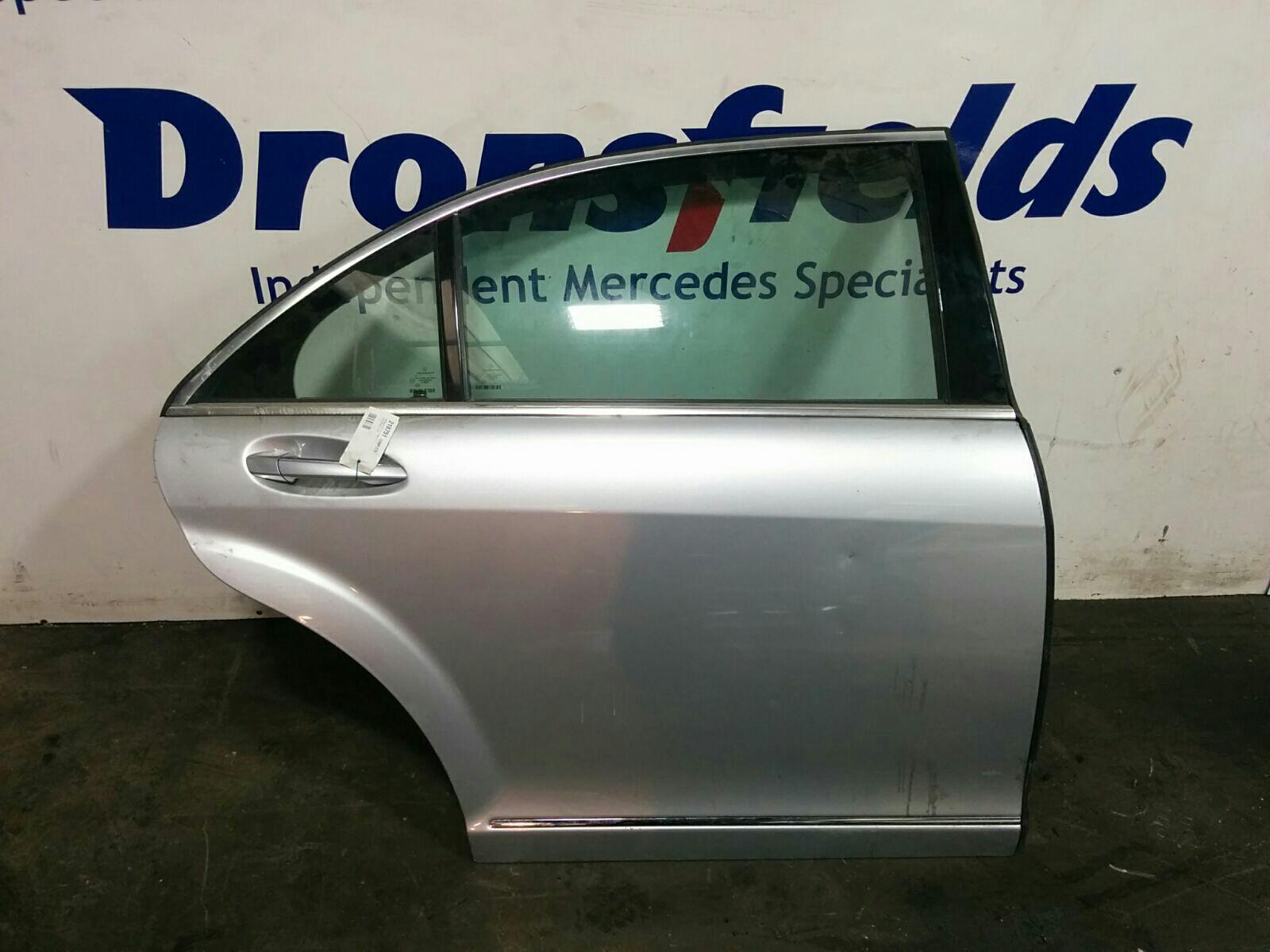 View Auto part R Rear Door Mercedes S Class 1900