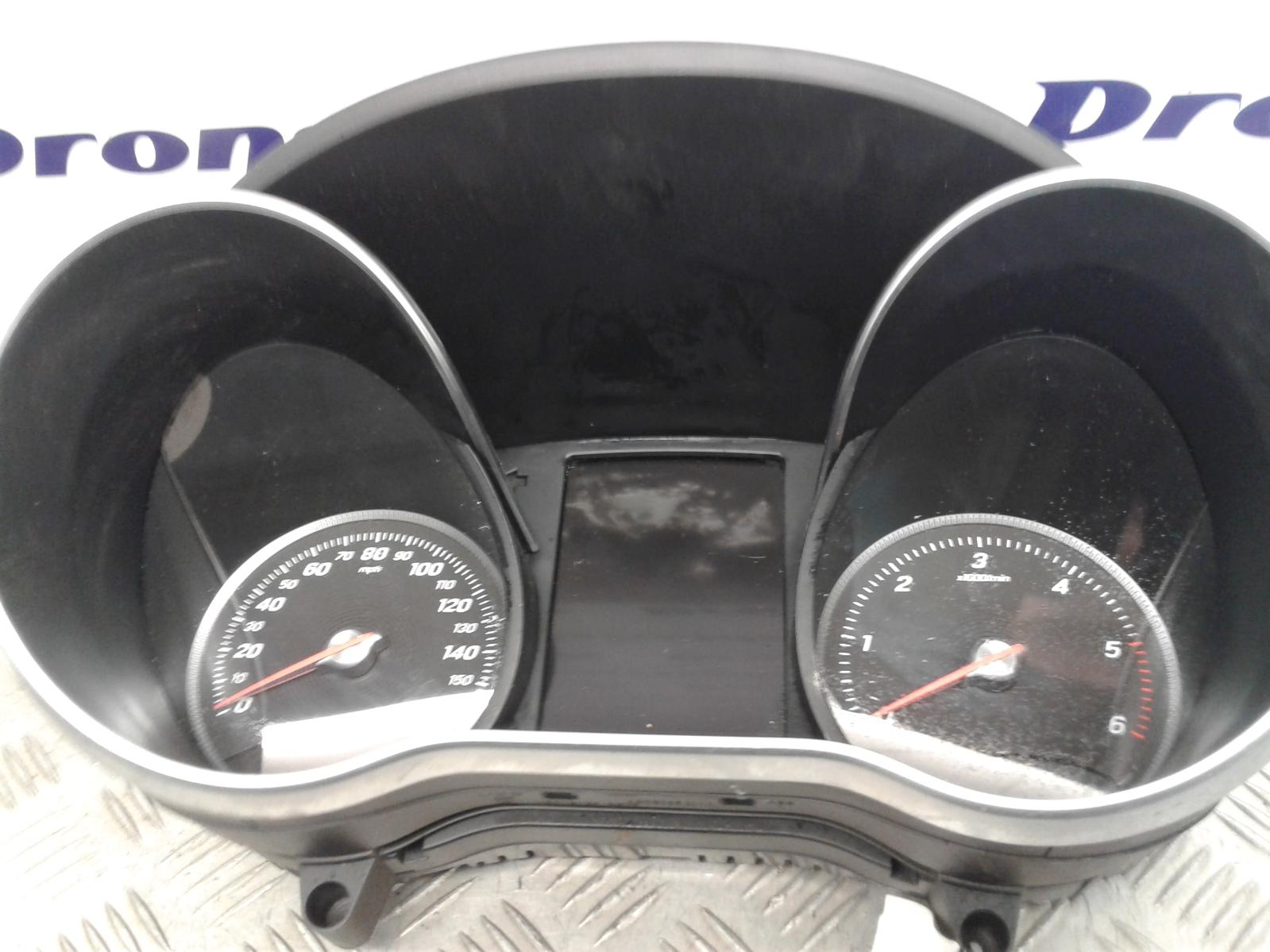 View Auto part Speedometer Mercedes C Class 2015