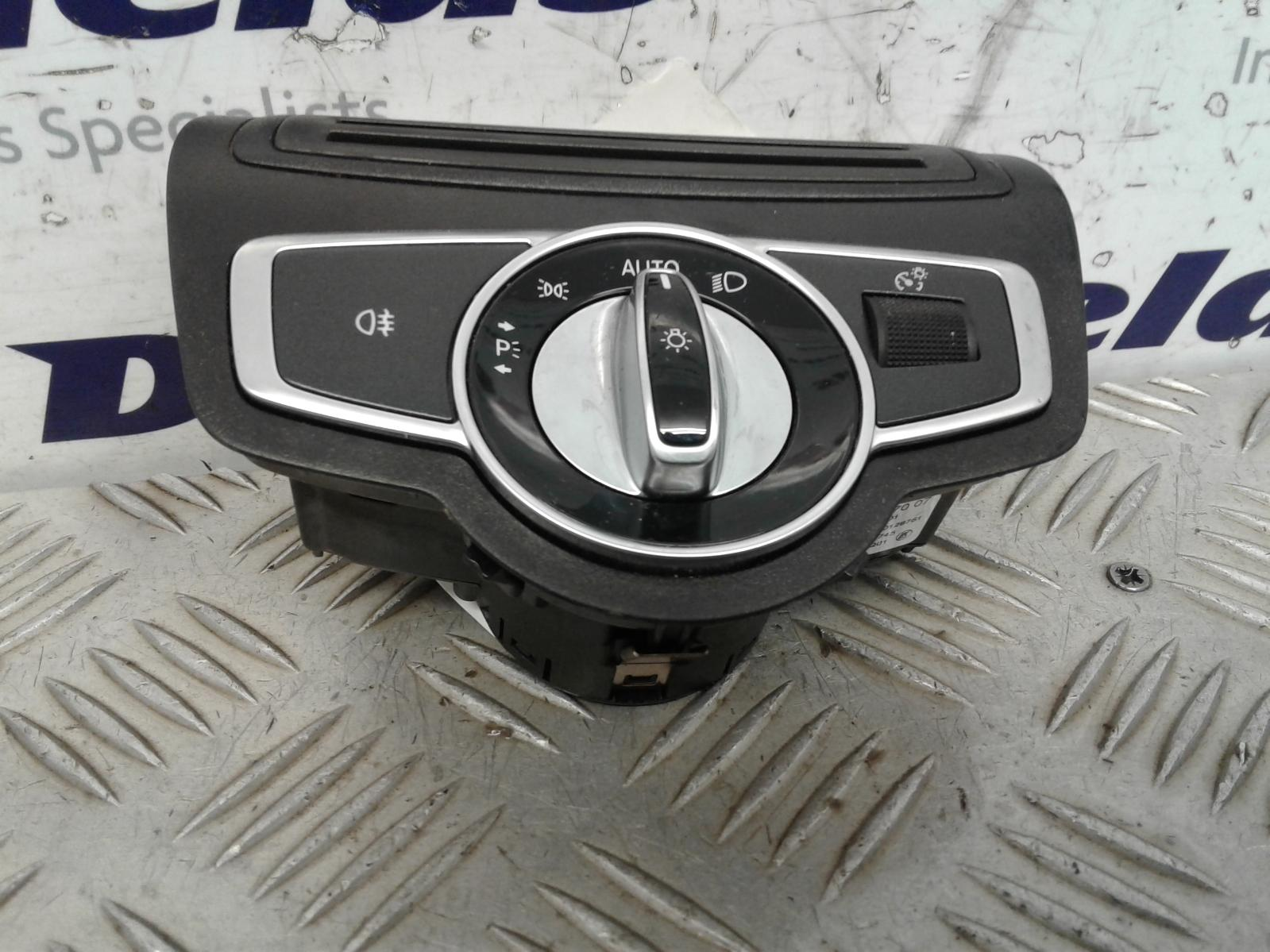 View Auto part Headlight Switch Mercedes C Class 2015