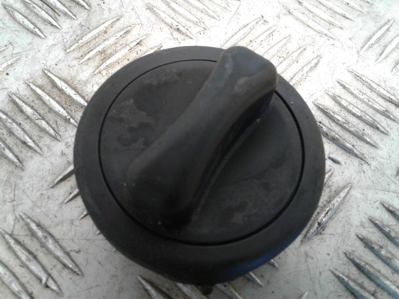 View Auto part Fuelcap Unknown Unknown 2019