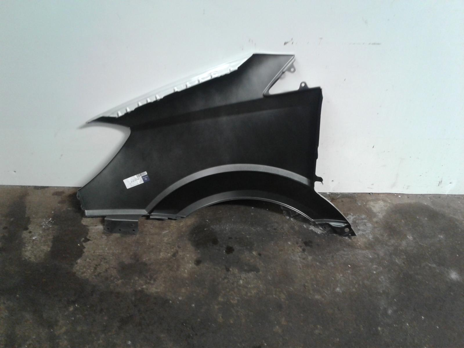 View Auto part R Wing Unknown Unknown 2006