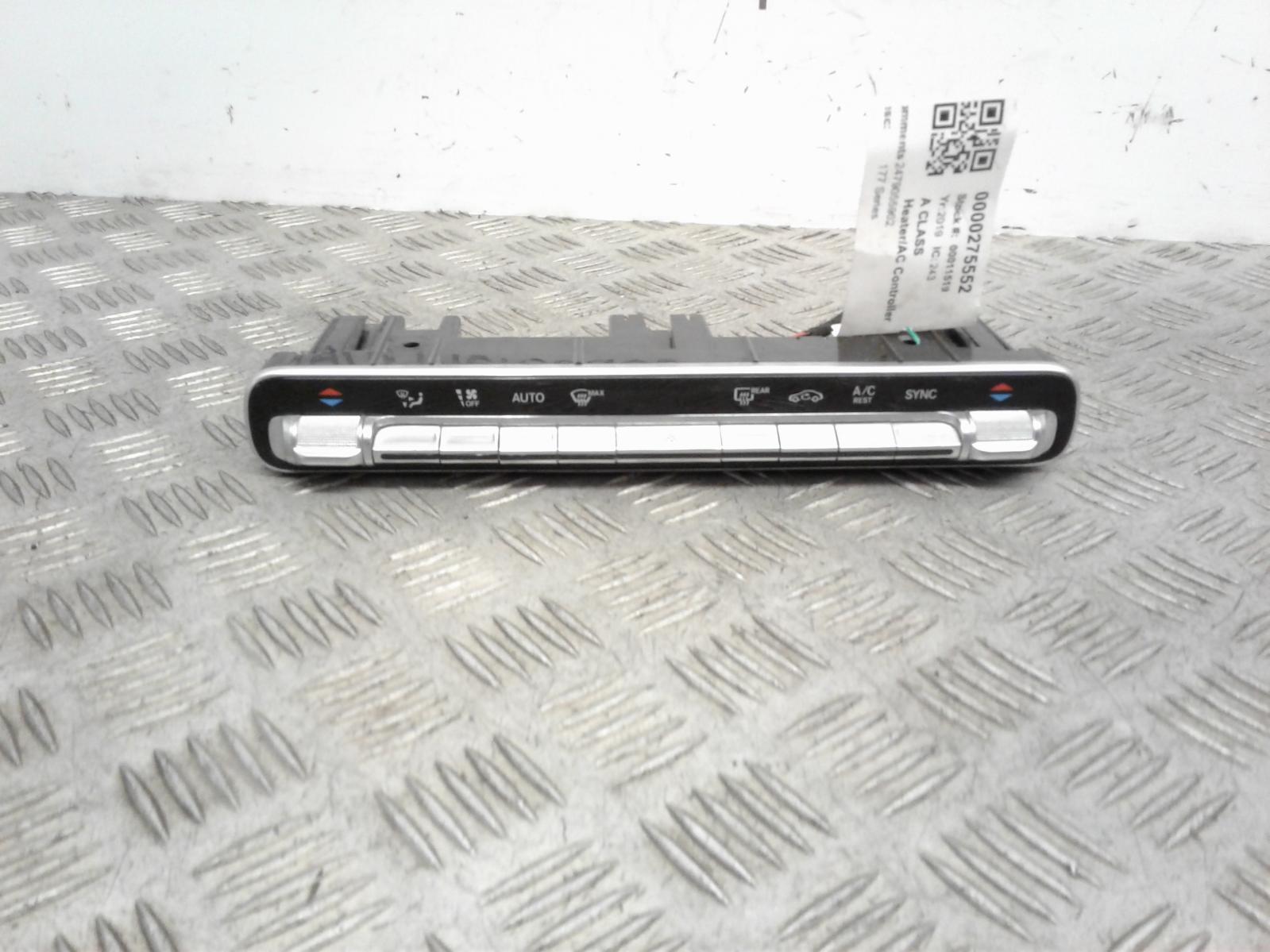 View Auto part Heater/AC Controller Mercedes A Class 2019