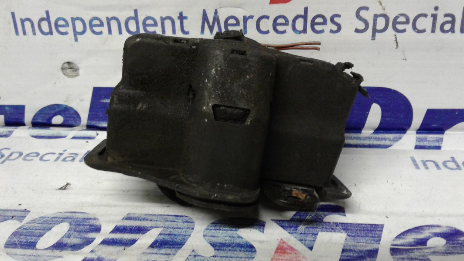 View Auto part Bonnet Latch Mercedes C Class 2004