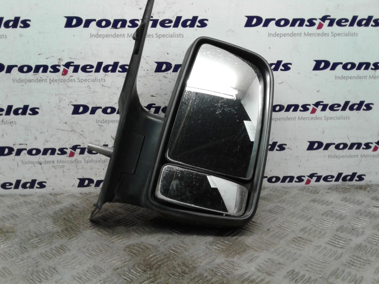 View Auto part R Door Mirror Mercedes Sprinter 2014
