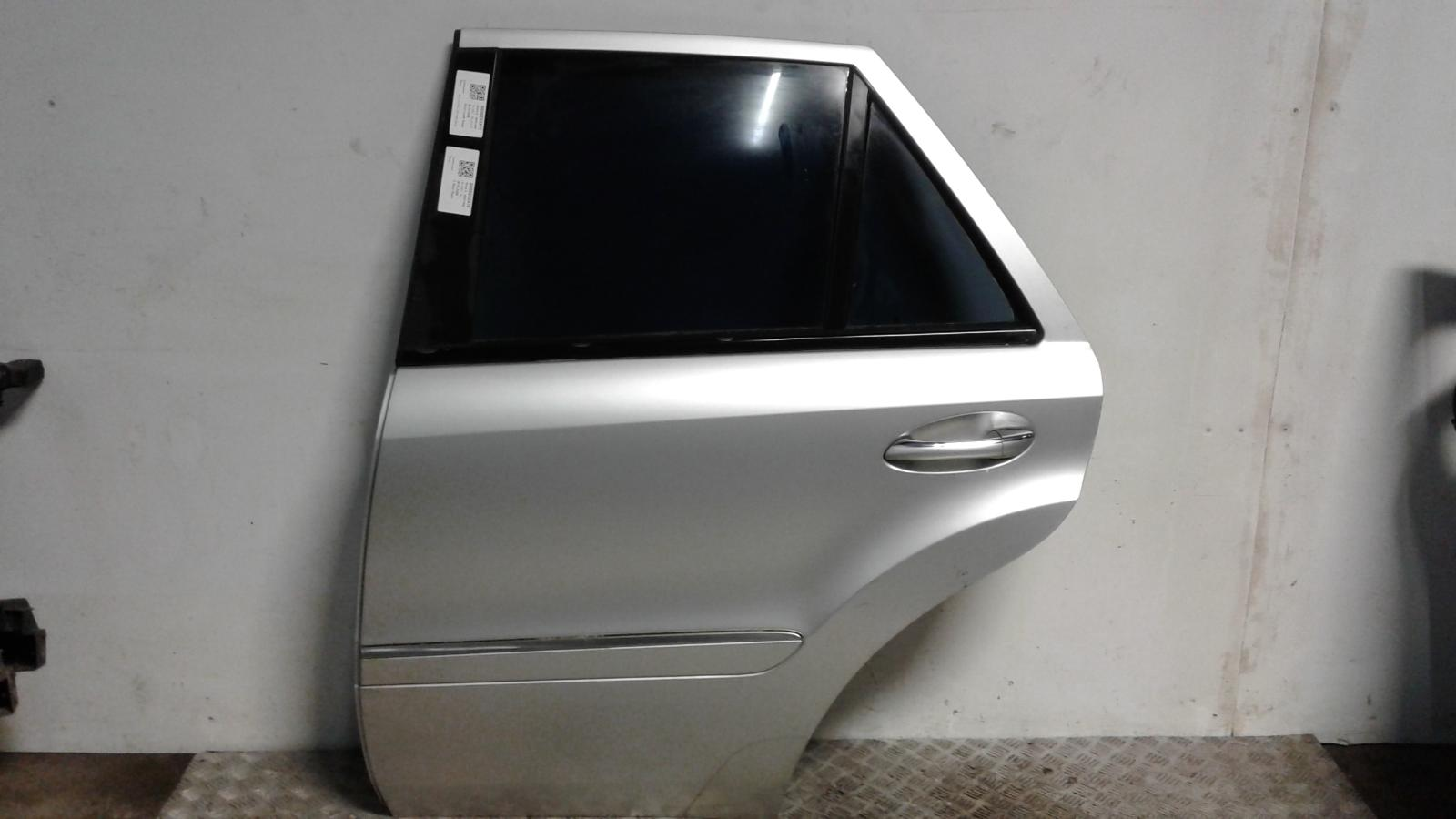 View Auto part L Rear Door Mercedes M Class 2007