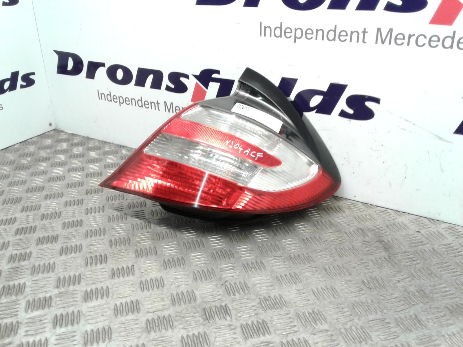 View Auto part R Taillight Mercedes C Class 2004