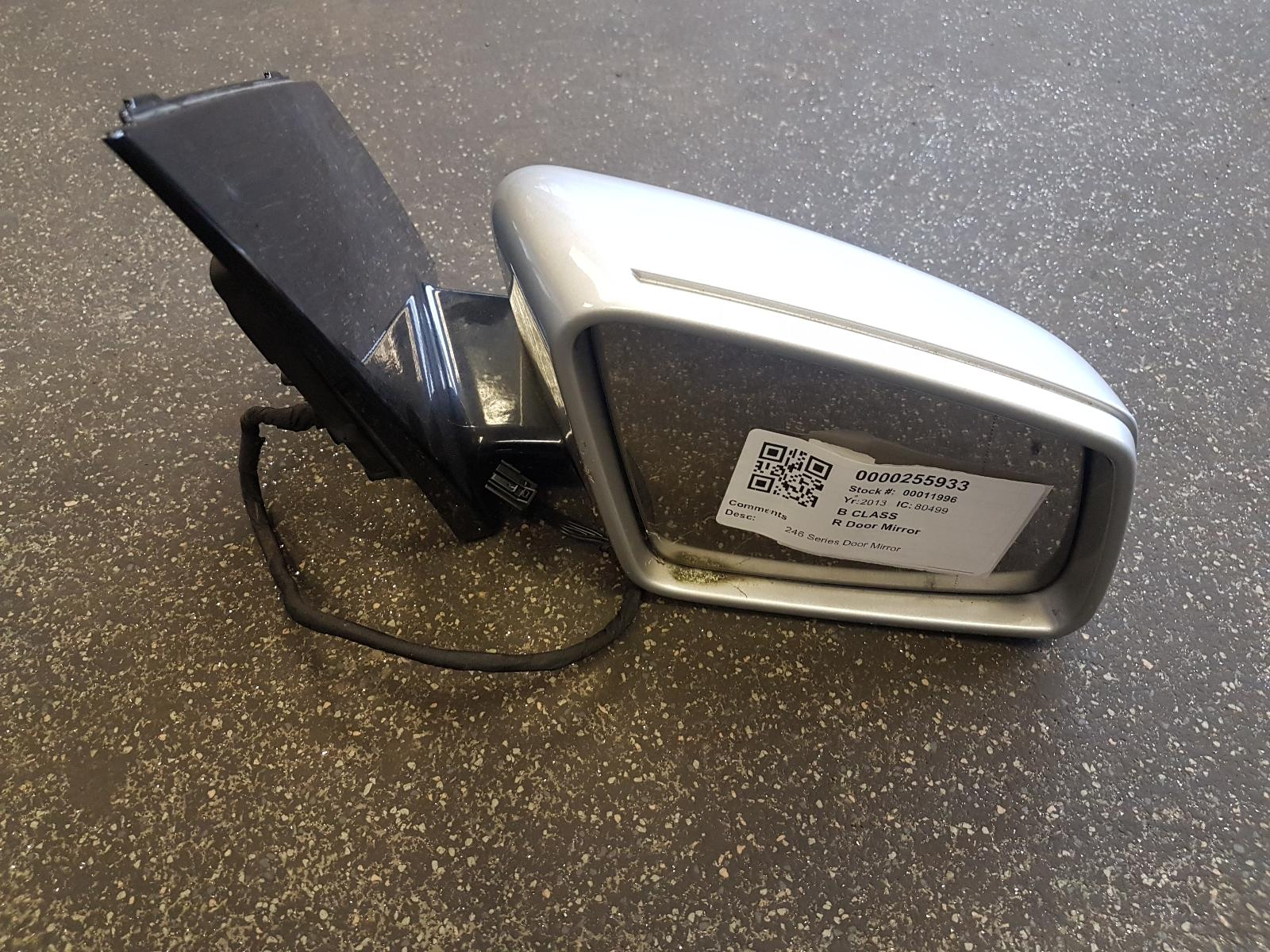 View Auto part R Door Mirror Mercedes B Class 2013
