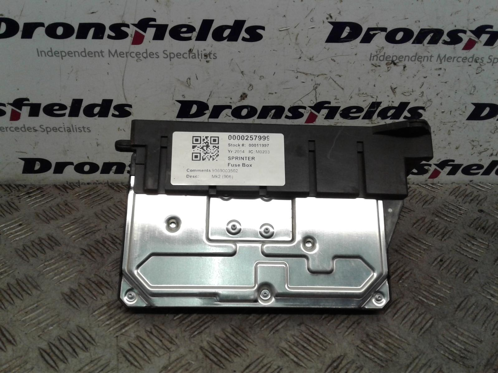 View Auto part Fuse Box Mercedes Sprinter 2014