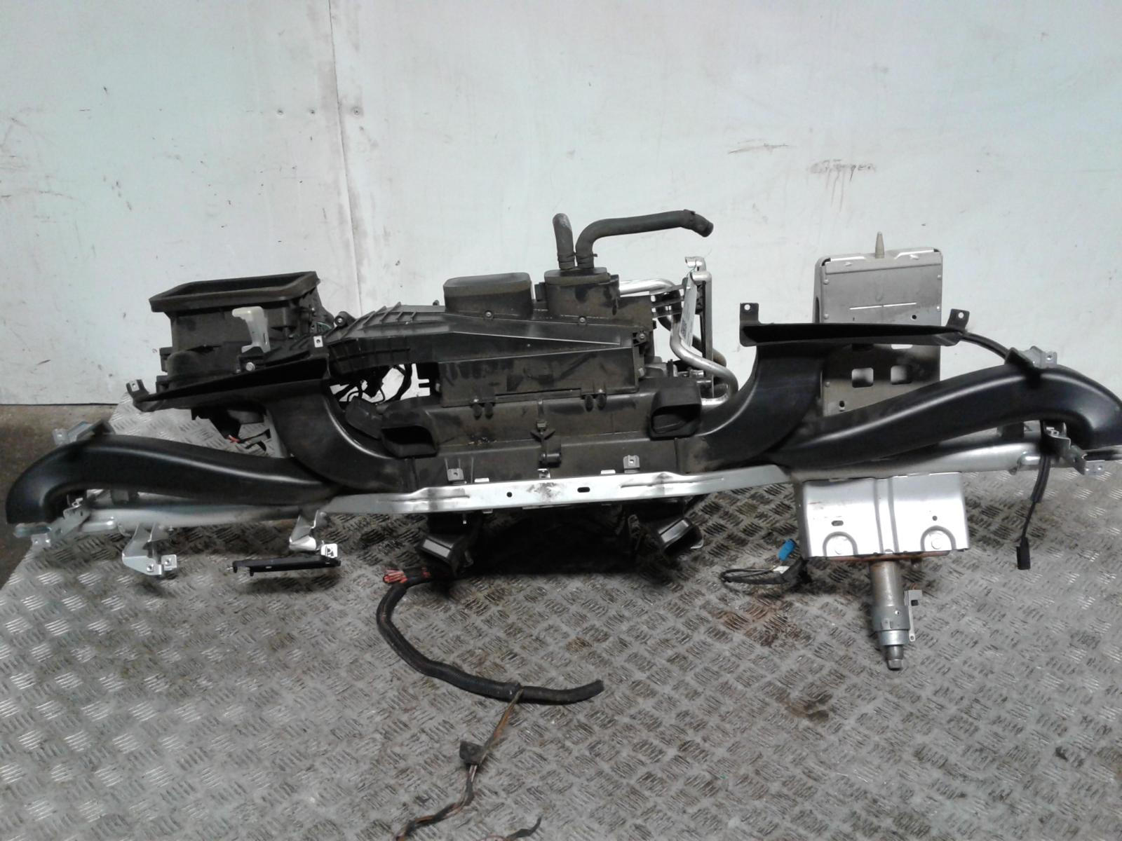 View Auto part Heater Core Mercedes Sprinter 2014