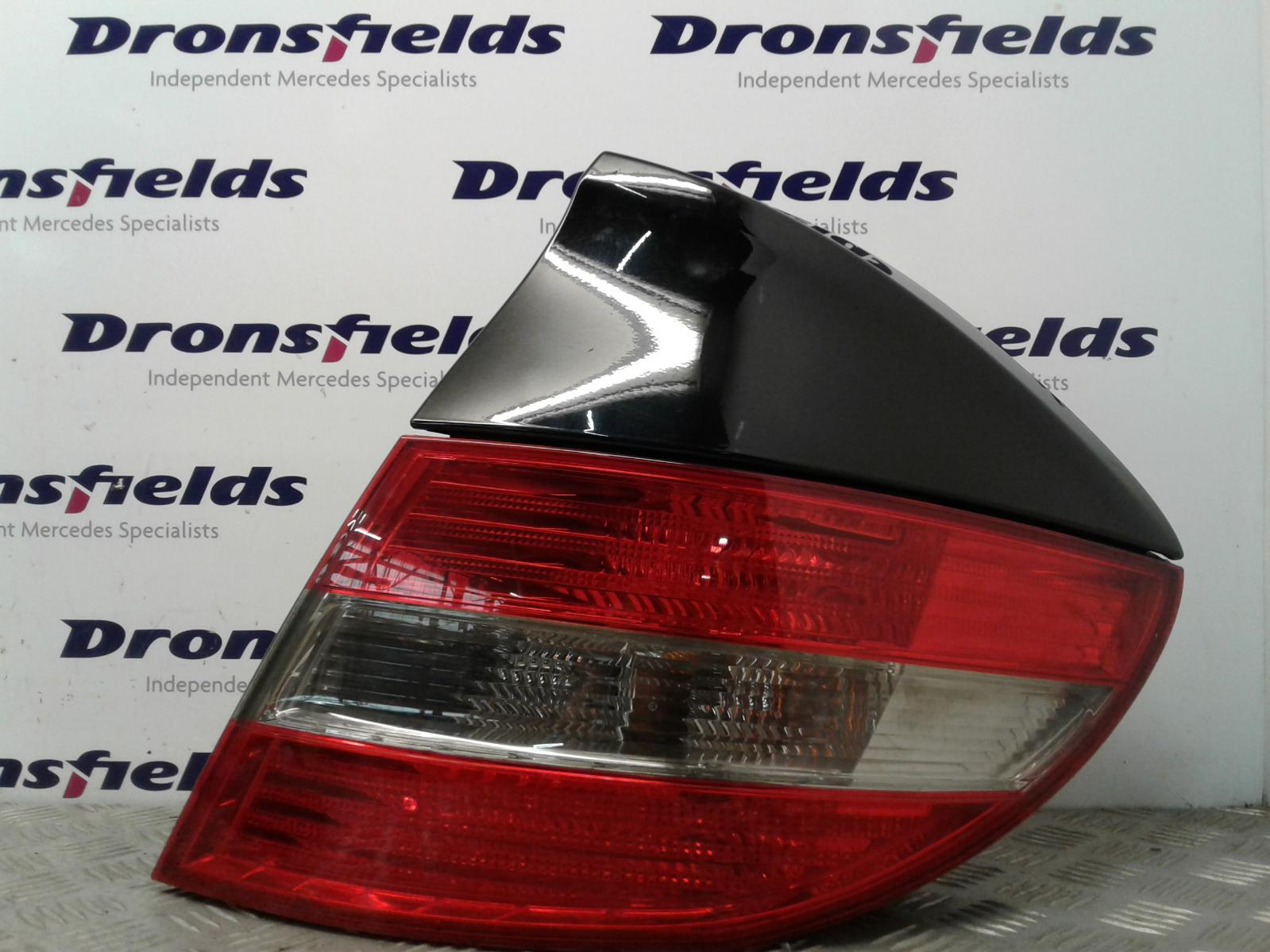 View Auto part R Taillight Mercedes C Class 2008