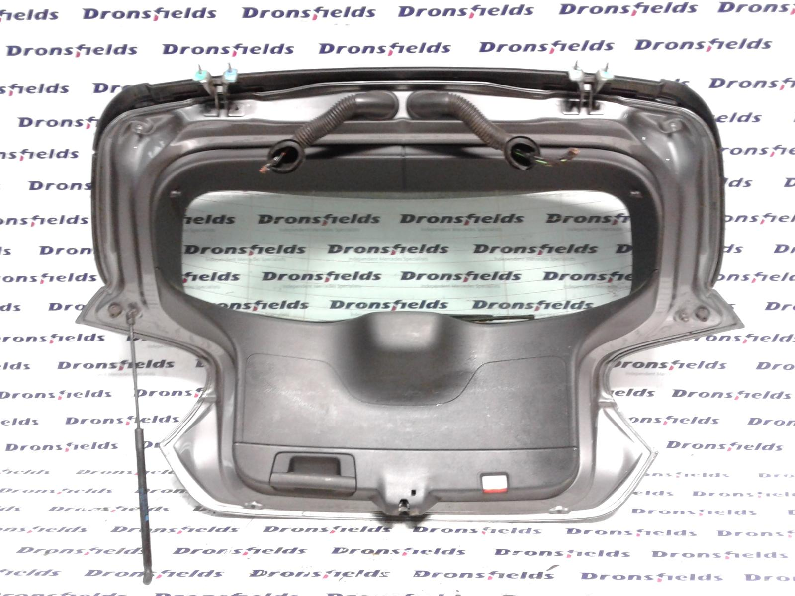 View Auto part Bootlid/Tailgate Mercedes A Class 2013