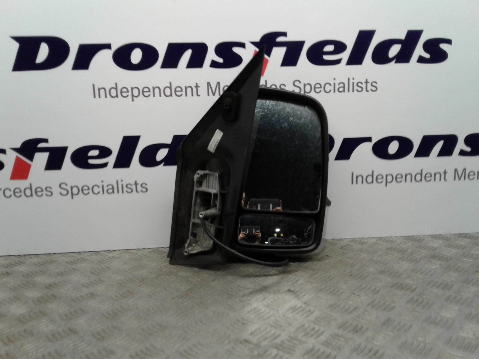 View Auto part R Door Mirror Mercedes Sprinter 2009