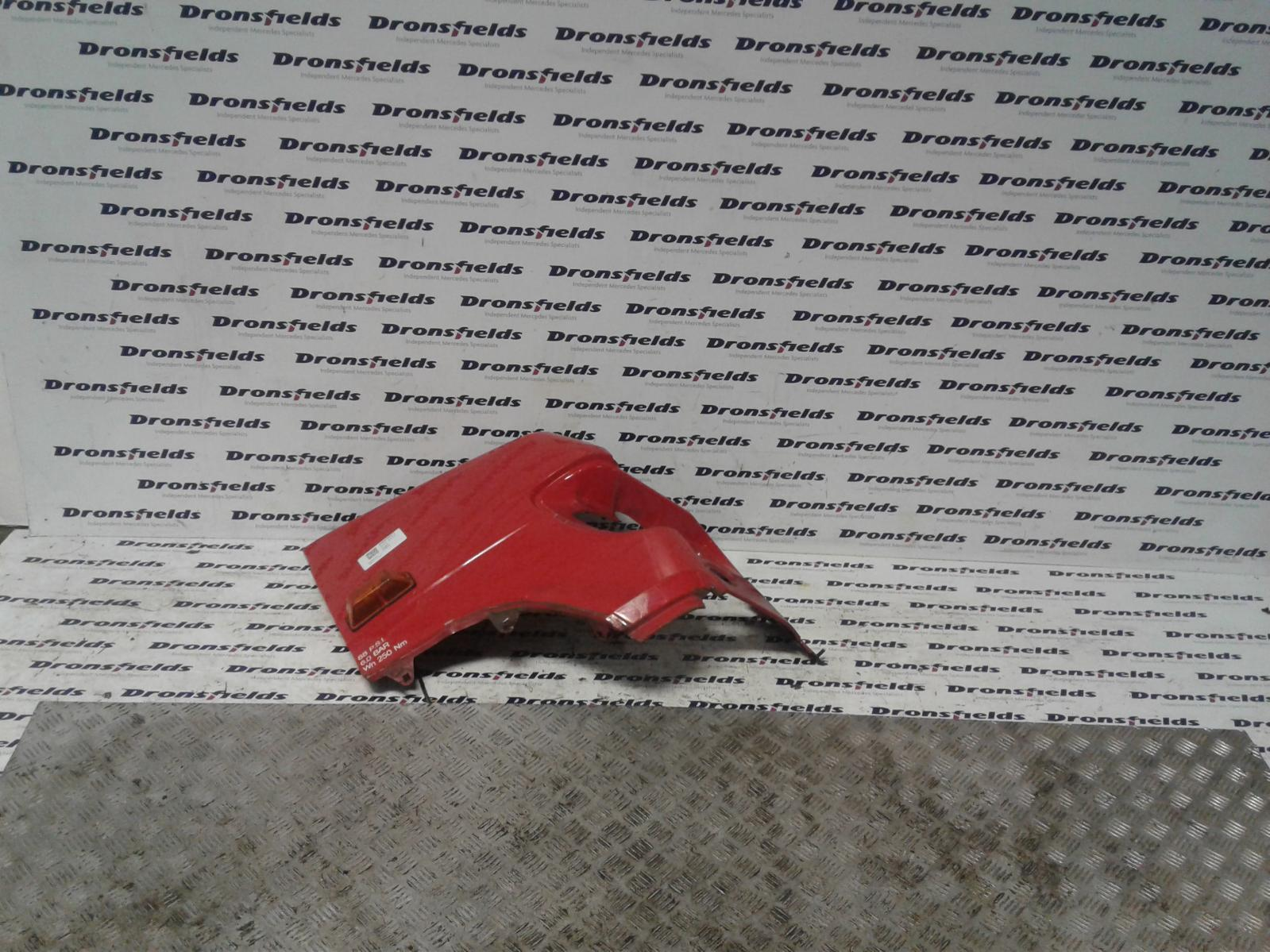 View Auto part R Wing Mercedes Vario 2010