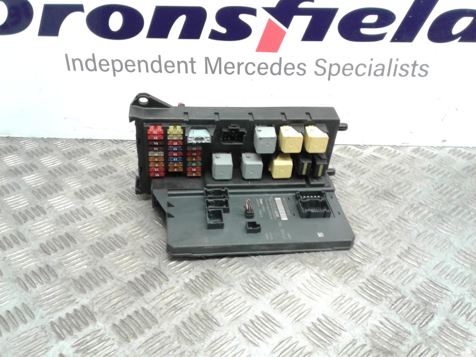 View Auto part Fuse Box Mercedes Sprinter 2016