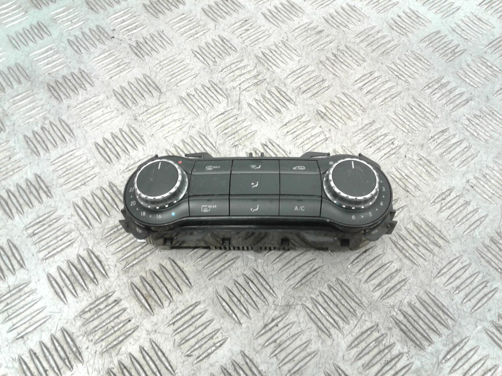 View Auto part Heater/AC Controller Mercedes A Class 2013