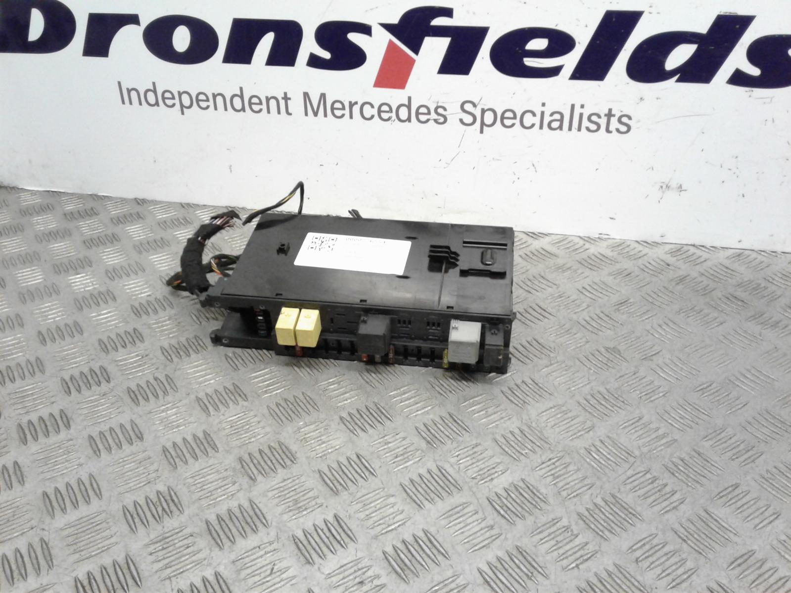 View Auto part Fuse Box Mercedes C Class 2004