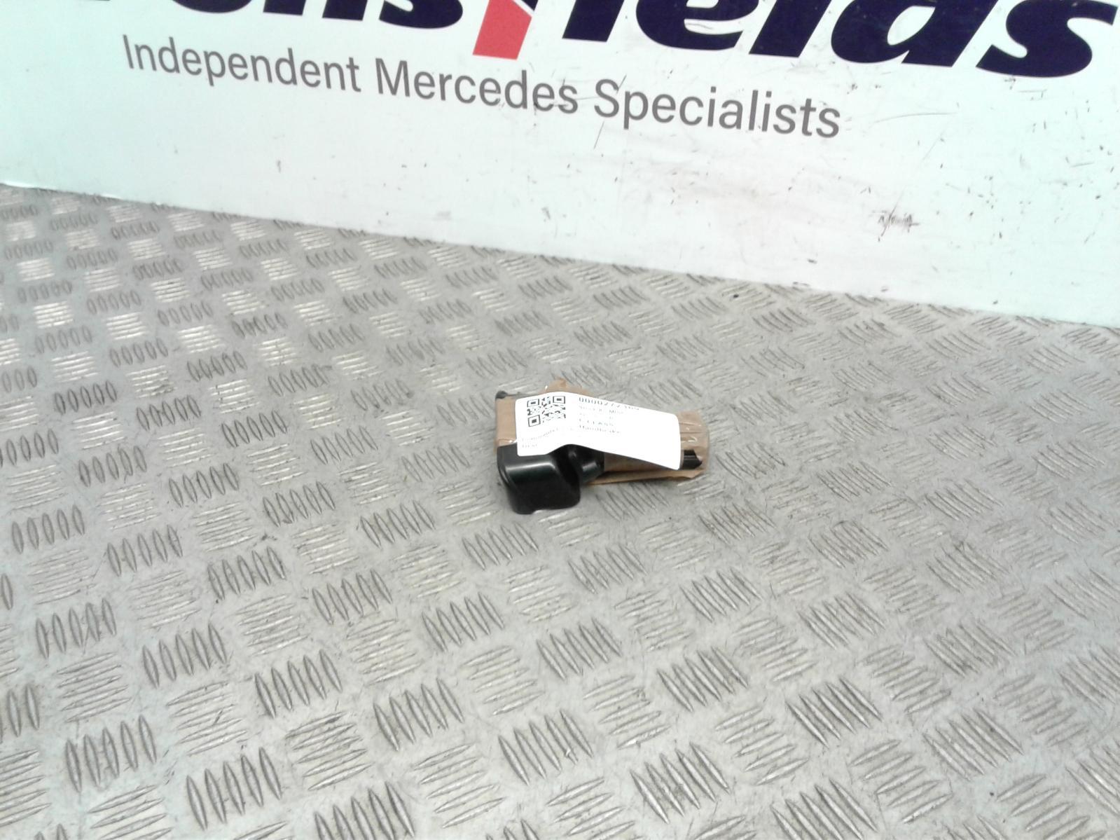 View Auto part Handbrake Lever/Button/Assembly Mercedes C Class 2004