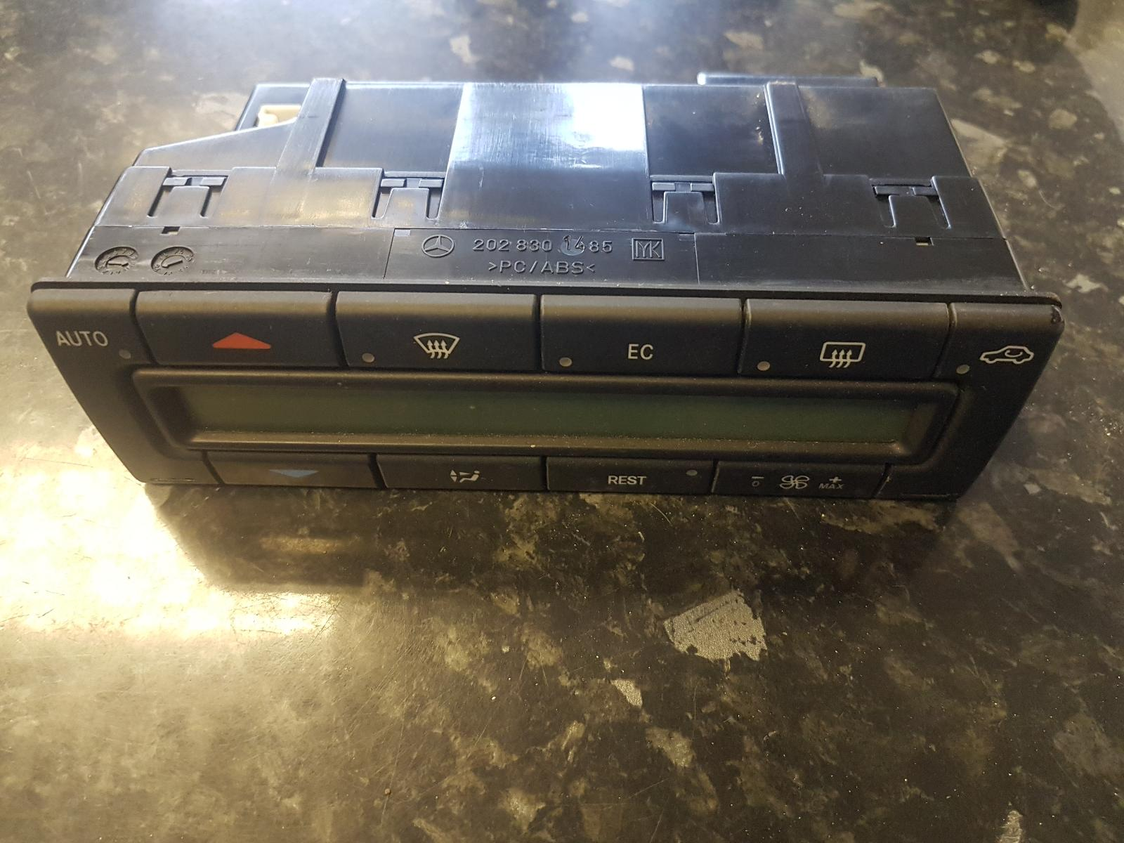View Auto part Heater/AC Controller Mercedes Sl 1999