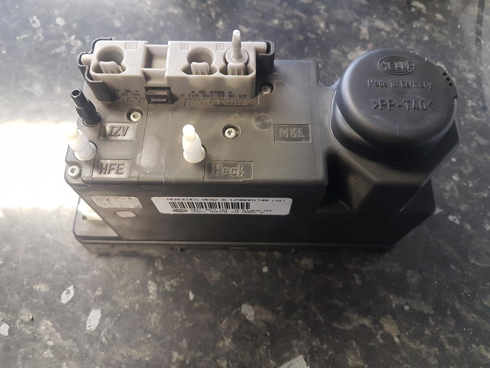 View Auto part Central Locking Vacuum Pump Mercedes Sl 1999