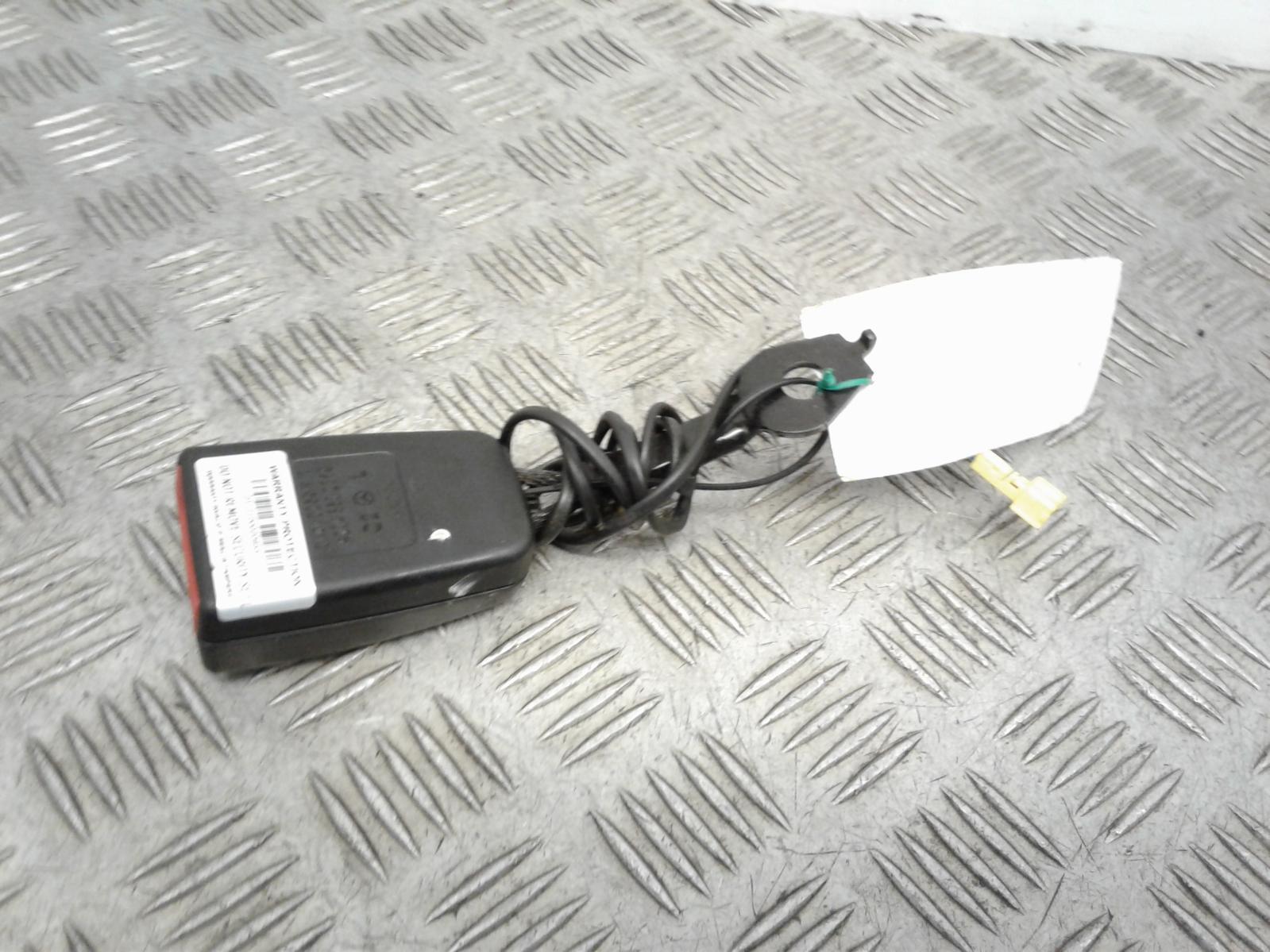 View Auto part Seat Belt Mercedes C Class 2012